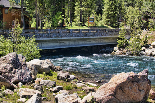 truckee truckeeriver bridgemumber19c0255 alpinemeadowroad rapids structure pinetrees bridge california nevadacounty joelach
