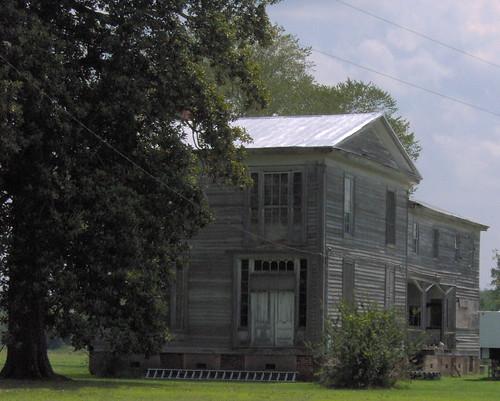abandoned rural south northcarolina historic plantation vacant antebellum martincounty greekrevival oncewashome