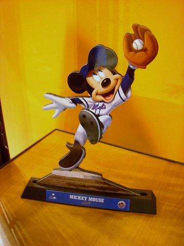 Mickey Mouse in Mets Uniform | by excalipoor