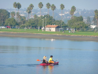 2009.290 . Kayaking Mission Bay | by pipilo