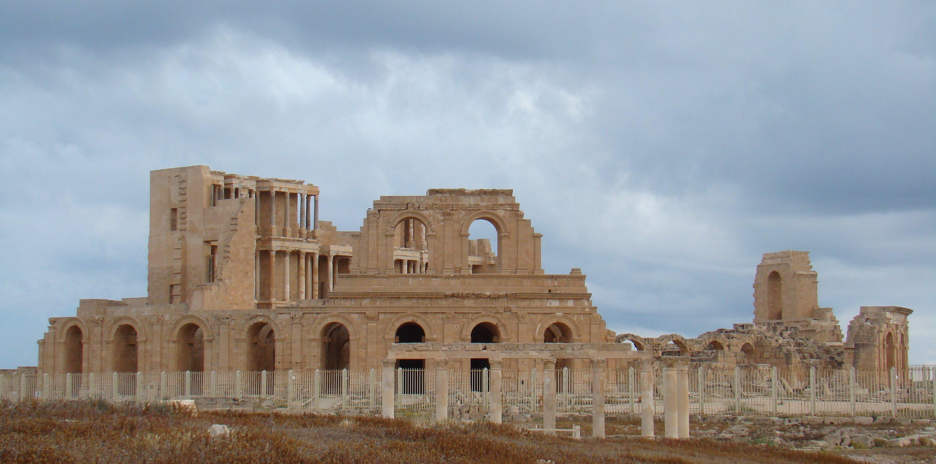 Teatro Romano Sabratha Libia 01
