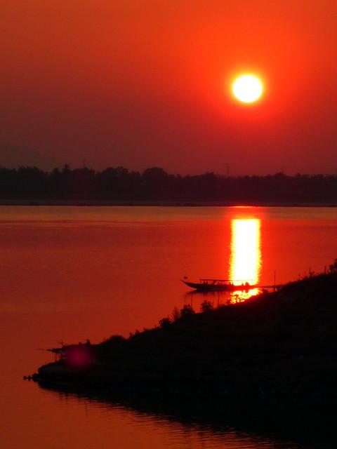 Laos. 019.El Mekong.Puesta de sol 1