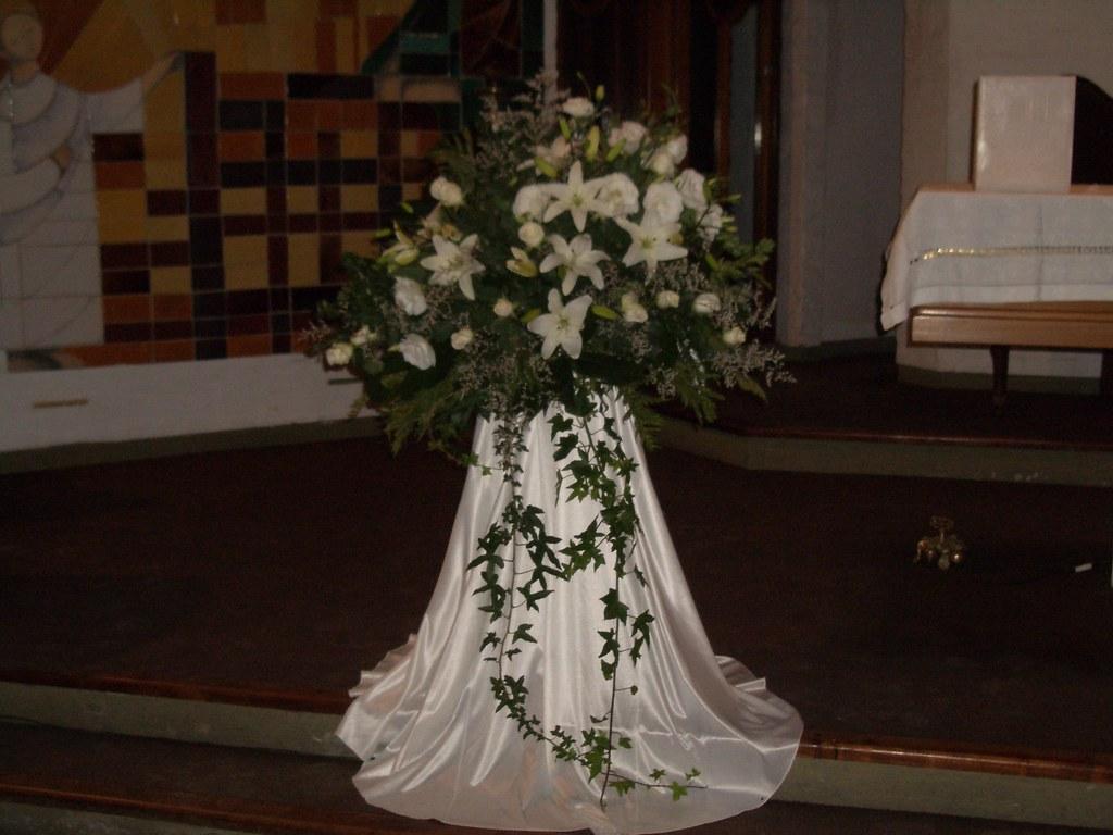 Arreglo Floral Para La Iglesia Harumi Flores Naturales
