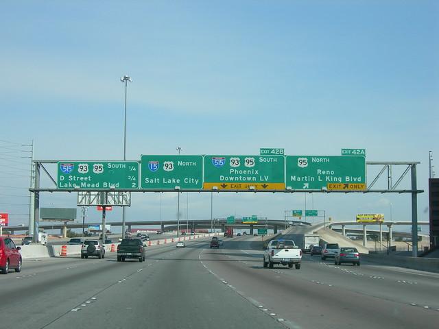 I-15/515/US 93-95 Interchange Signs