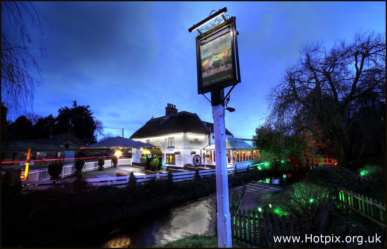 sopley,winkton,hampshire,christchurch,dorset,ringwood,beer,ales,england,traditional,pub,UK,CAMRA,night,dusk,magic,hour,tripod,low,light,tonysmith,tony,smith,highway,road,12-24,sigma,wide angle lens,wide,favourite,pubs,public,houses,noche,nuit,hotpix!,#tonysmithhotpix