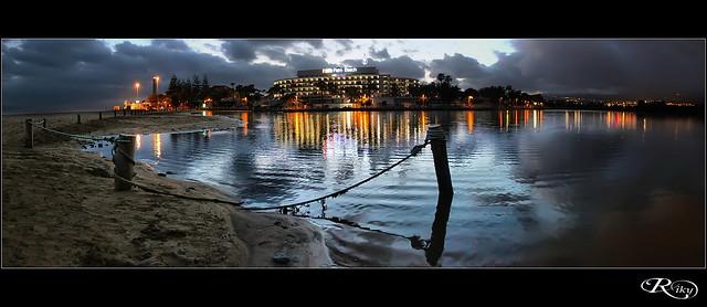 :: Palm Beach ::