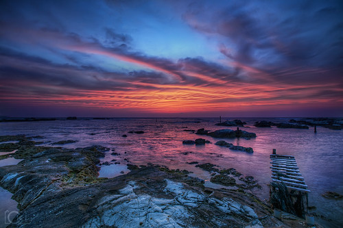 ocean longexposure blue sunset red sky sun seascape motion reflection water japan clouds canon landscape evening coast marine rocks asia waves fuji violet rocky highcontrast wideangle chiba coastline 16mm 岩 夕日 海岸 hdr mtfuji 南房総 千葉 日没 greatphotographers widelense canon1635mm 館山 1635mmf28lii 5dmarkii