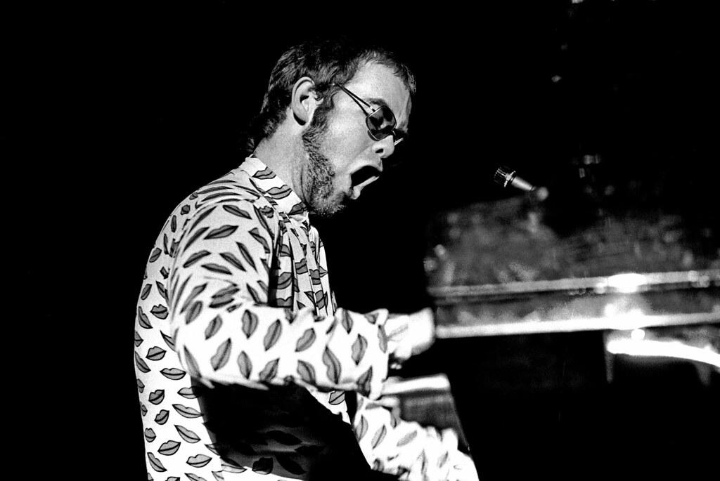Elton John 1603720004 | Elton John in der Musikhalle Hamburg… | Flickr