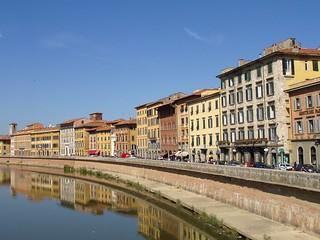 Lungarno,_Pisa_ | by Pisa Italynews2010