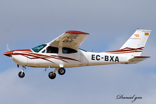 Dimension Aerea Cessna 177 B (EC-BXA)