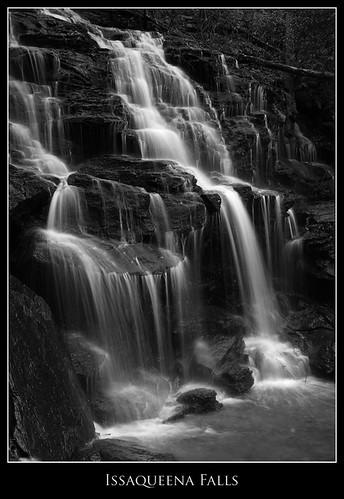 blackandwhite bw usa sc water waterfall southcarolina oconeecounty