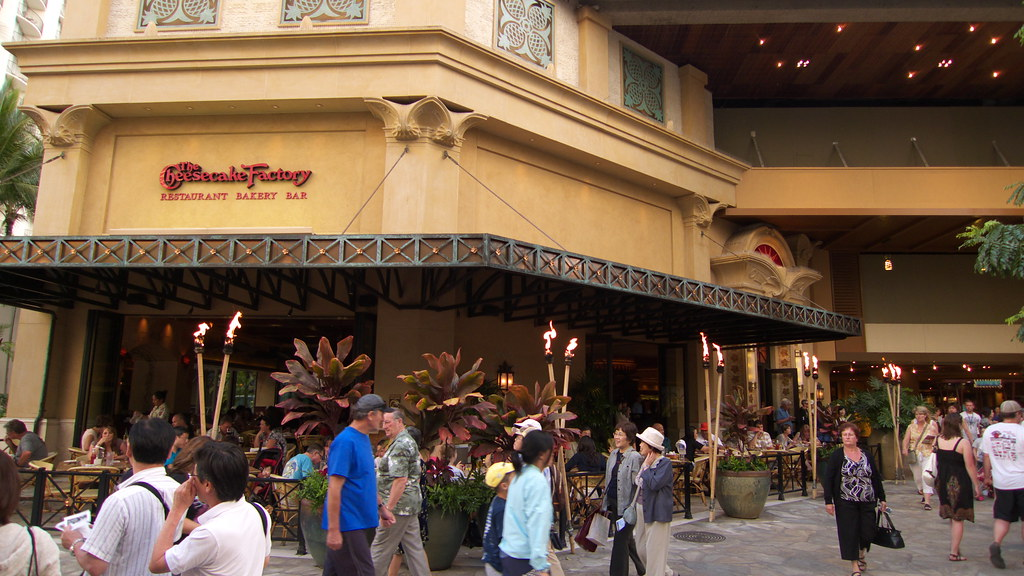 Cheesecake Factory Hawaii with kids