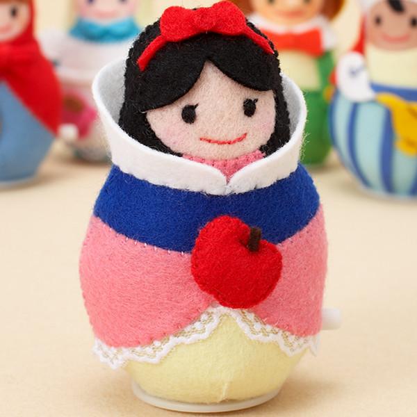 人形・ぬいぐるみ > トコトコ・ドール Toko Toko Doll