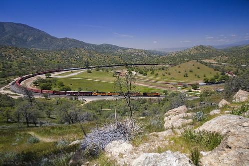 california mountains canon outdoors trains socal ge canondslr tehachapi bnsf railroads alltrains movingtrains canon1740f4lusmgroup kenszok