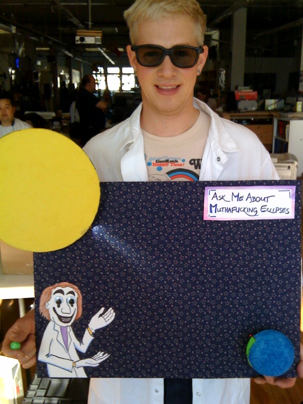 """Here is the """"Ask me about motherfucking eclipses"""" project @sofauxboho & I made"""