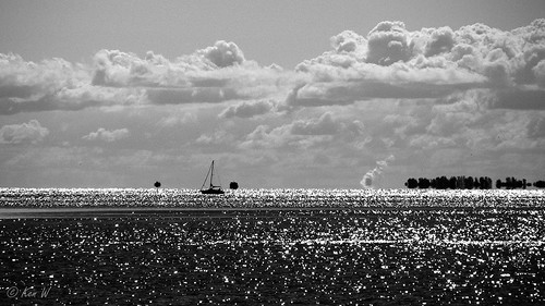 blackandwhite water clouds boat lakeerie finepix sail fujifilm 169 s700 s5700