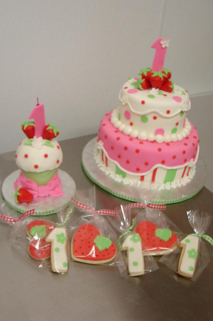 Strawberry Shortcake 1st Birthday Theme With Cake Smash C