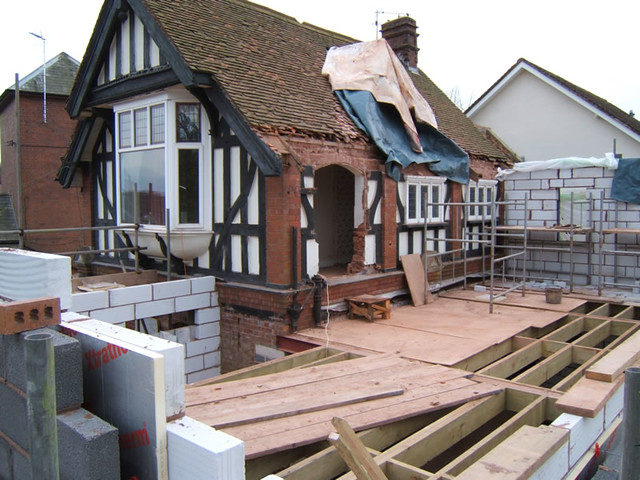 <p>Demolish flat roof extension and rebuild with two storey extension. Extensive alterations and victorian coach house converted into a substantial detached house.</p>