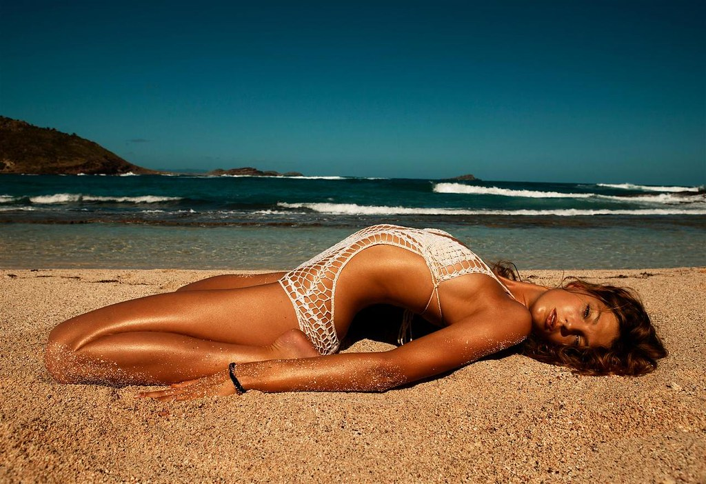 summer Daria Werbowy photographed by Inez and Vinoodh