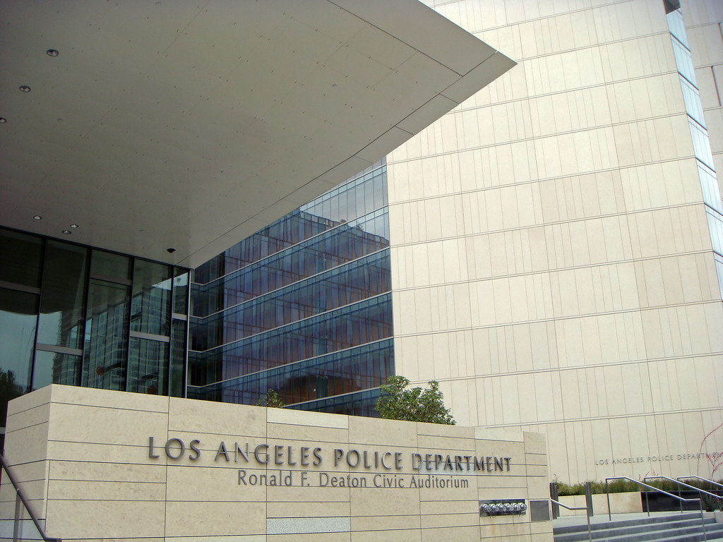 02a The Los Angeles Police Department Admiistrative Buildi