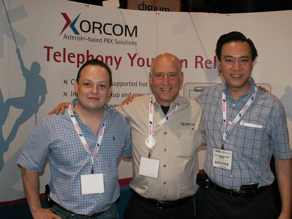 Izzy Gal with Xorcom Mexican Distributors | Hector Garza of … | Flickr