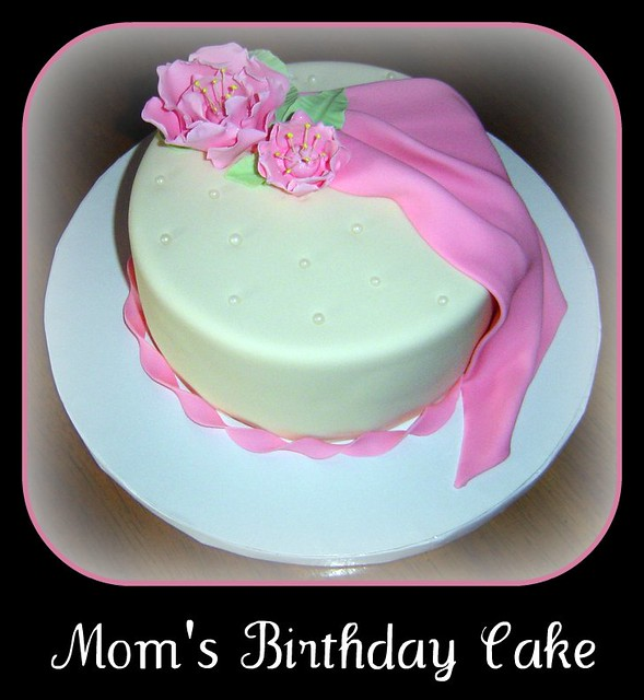 Astonishing Moms Birthday Cake This Is A Small Cake That I Made Fo Flickr Funny Birthday Cards Online Alyptdamsfinfo