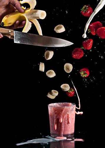wood food cold cooking metal silver milk shiny mess knife cook strawberries banana fresh delicious messy diet splash milkshake smoothie highspeed creamy fcpost diypbogfood
