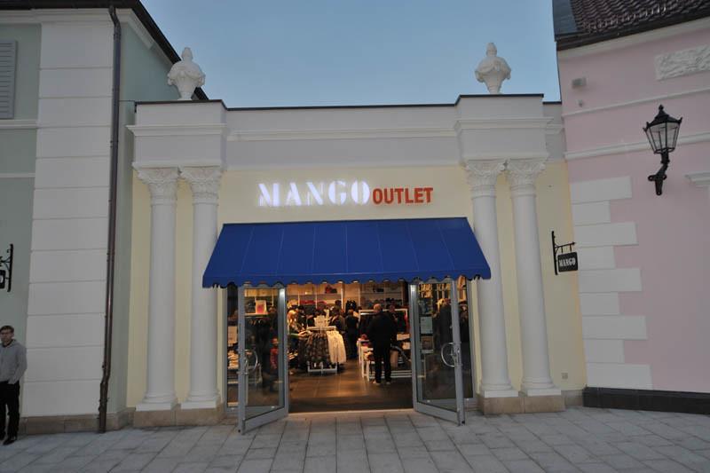 Storefront Mango Outlet Lettermen Flickr