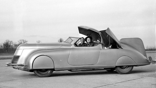 Dan LaLee and his streamline car in 1938 | by Hugo-90