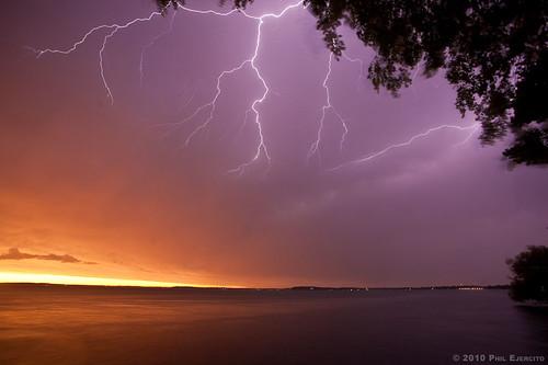 sunset storm madison lightning lakemendota
