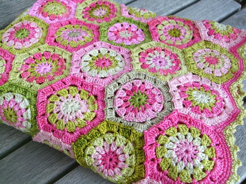 Apple blossom blanket