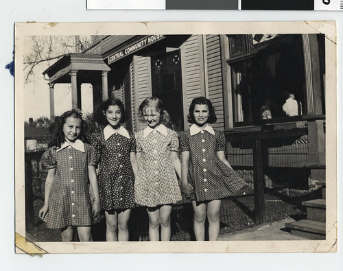Girls in front of Central Community House, St. Paul