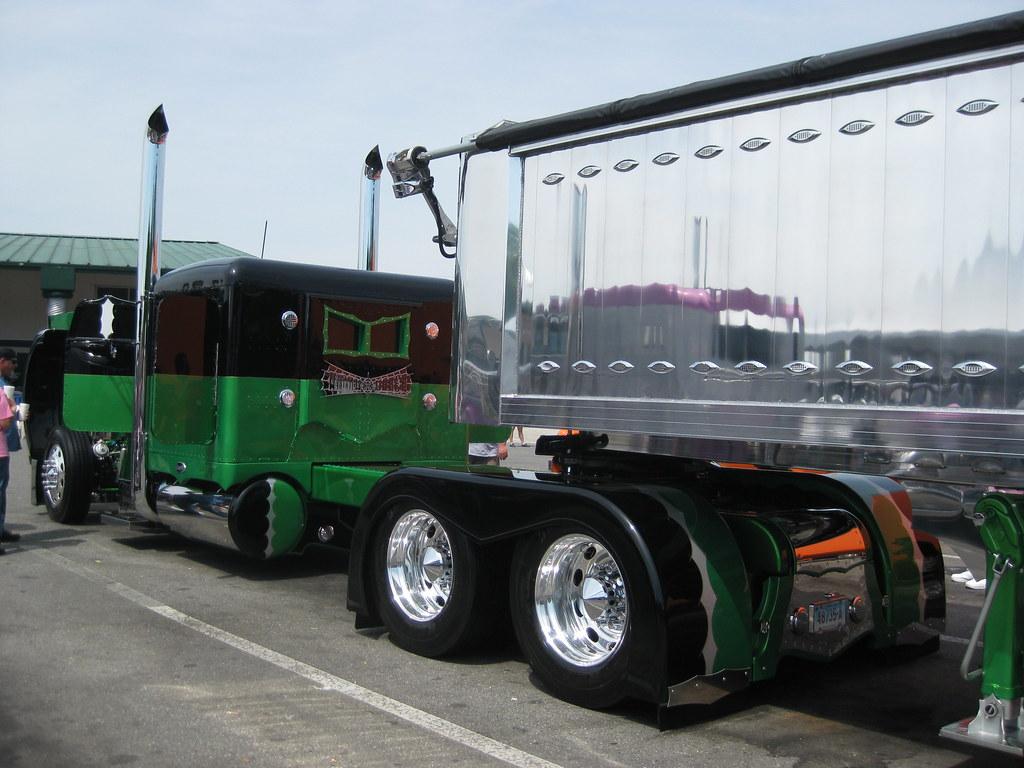 75 Chrome Shop >> 75 Chrome Shop 12th Annual Truck Show 2010