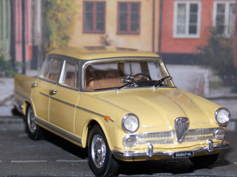 Alfa Romeo 2000 - 1957