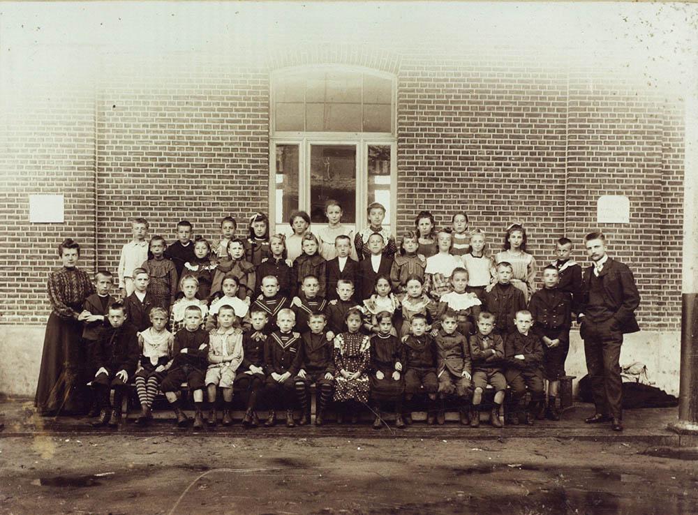 Openluchtschool van Diesterweg's Hulpkas, 1905 | Open-air school from Diesterweg's Hulpkas, 1905