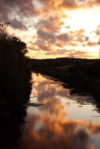 pink sunset summer cloud reflection eriecanal