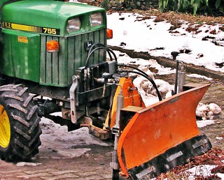 mini tractor, John DEERE 755 snow plough, front 3-point hi