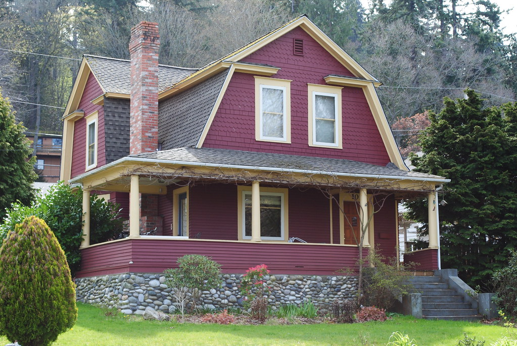 Dutch Colonial Revival In Red Bellingham Forest St Love Flickr
