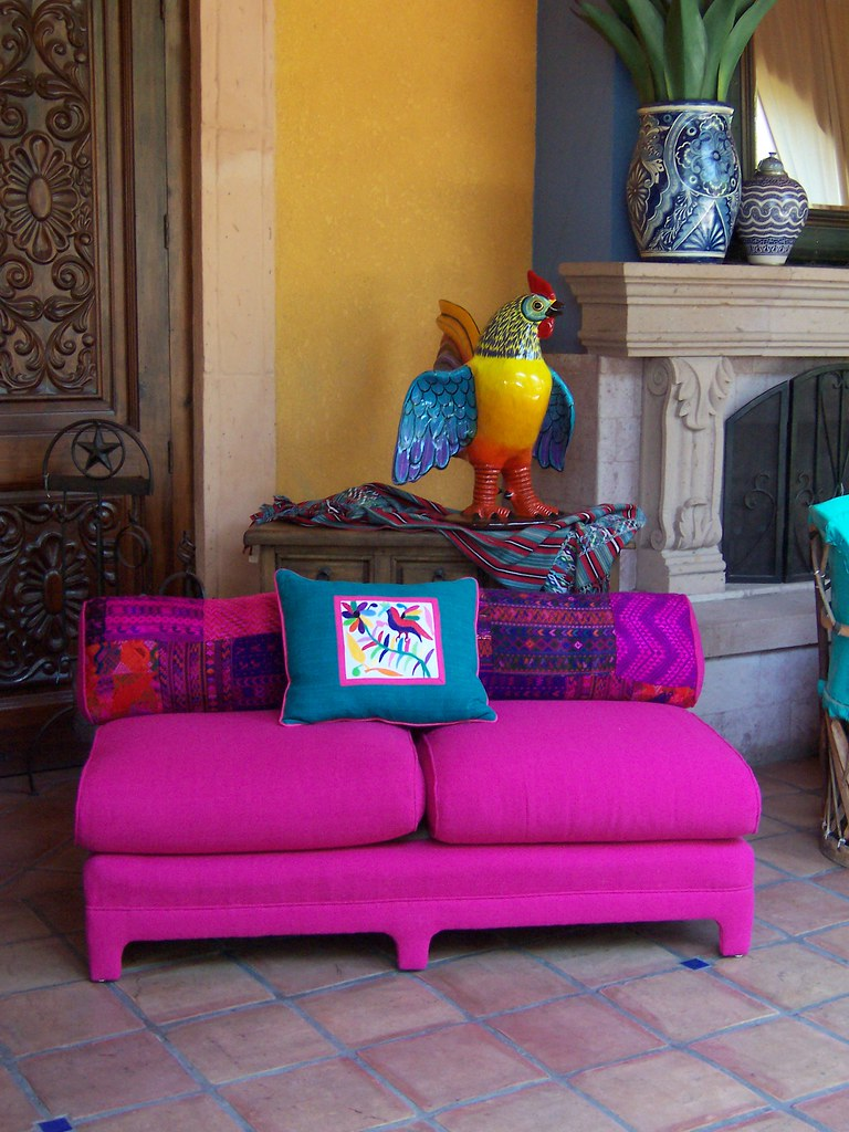 Hot Pink Sofa | This Hot Pink Sofa Is One Of My Favorites. I ...
