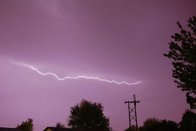 050610 - Krispy Krawlers!  1st Lightning Shot of 2010