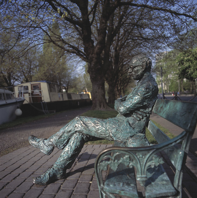 Dublin-Patrick Kavanagh Statue
