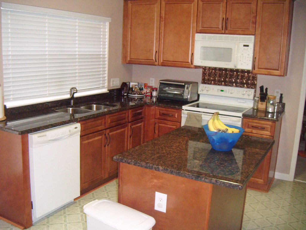 Kitchen Cabinets And Tan Brown Granite Countertops Flickr