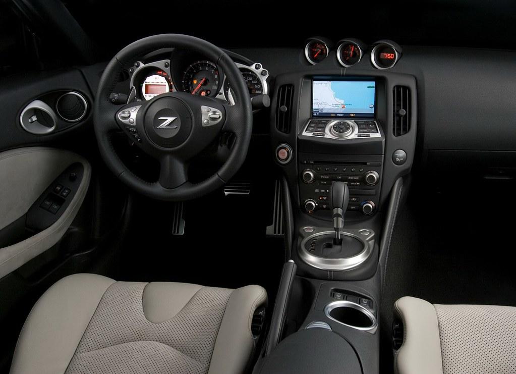 Nissan-370Z interior 1   Kwame Owusu   Flickr