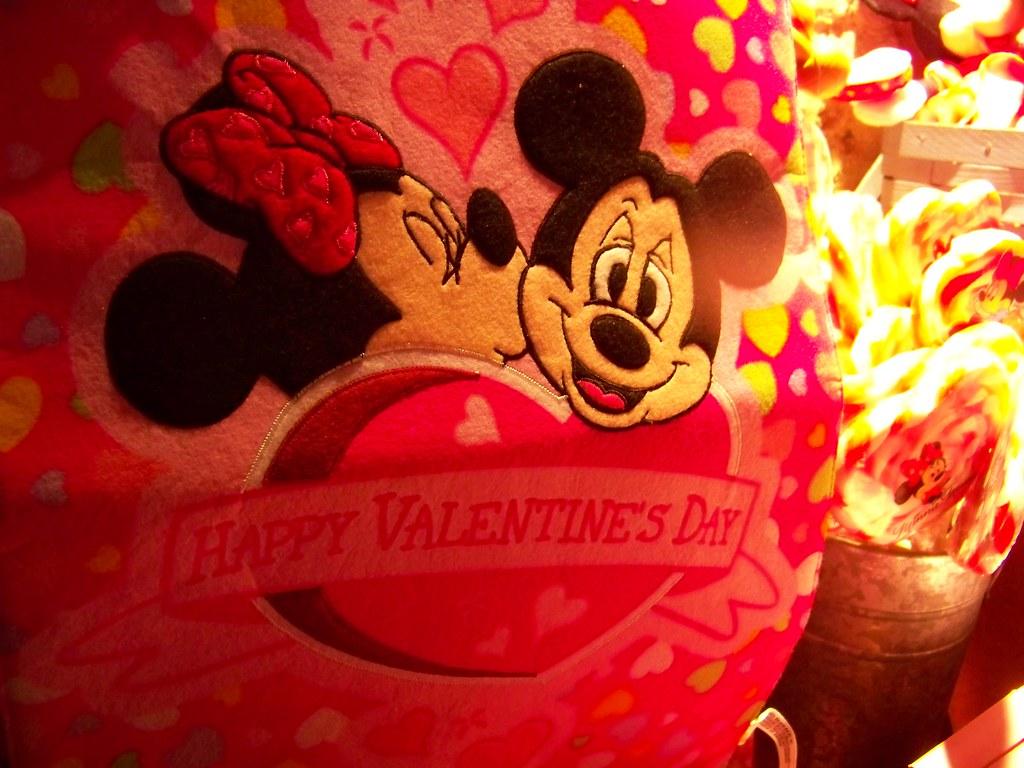 Mickey And Minnie Valentine S Day Banner Loren Javier Flickr