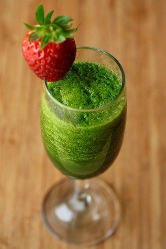 Green smoothie | by floridecires