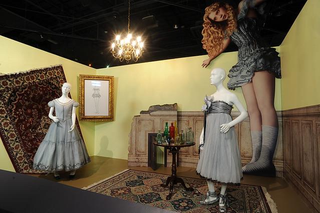 Hall Of Doors Scene Disney S Alice In Wonderland