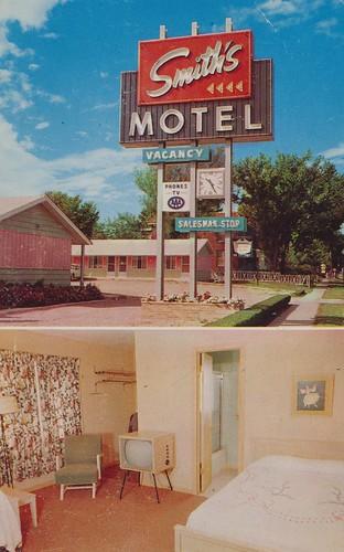 sign southdakota vintage tv bedroom interior postcard motel uptown smiths siouxfalls duncanhines dualview smithsuptown
