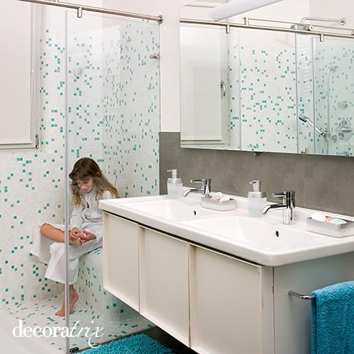 Un cuarto de baño pensado para dos niñas   Este cuarto de ...