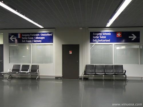 Aeropuerto de Basilea, Basel Airport (Suiza, Switzerland, Suisse, Schweiz)