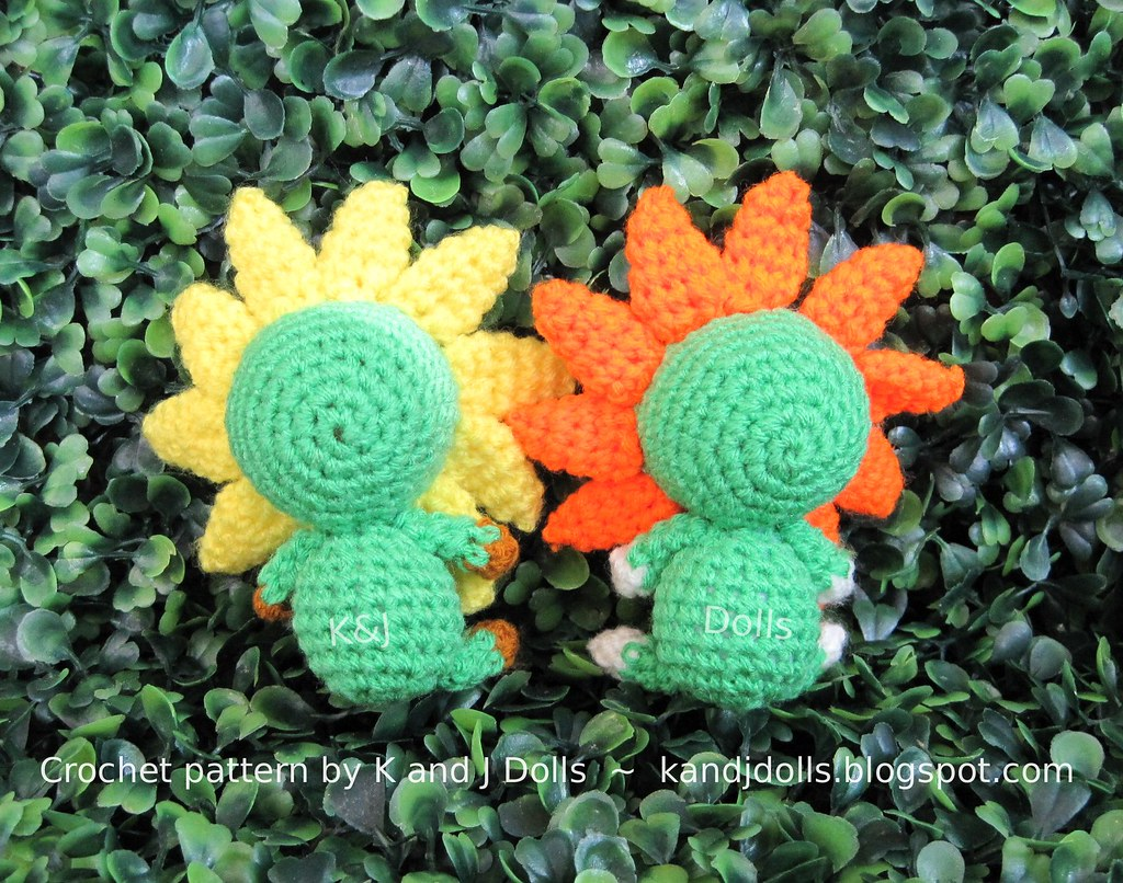 Crochet Sunflower Pattern ⋆ Crochet Kingdom | 806x1024